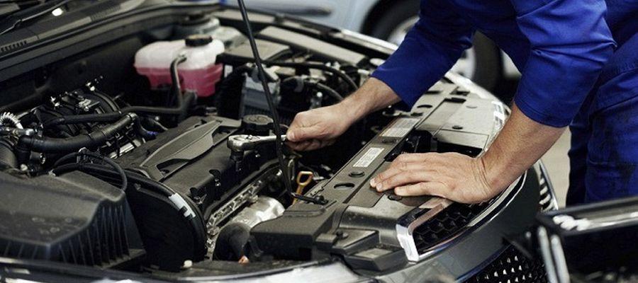 Слесарный ремонт автомобилей в автосервисе «Автоцарапина»