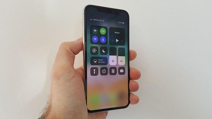 smartfon IPHONE X 2019